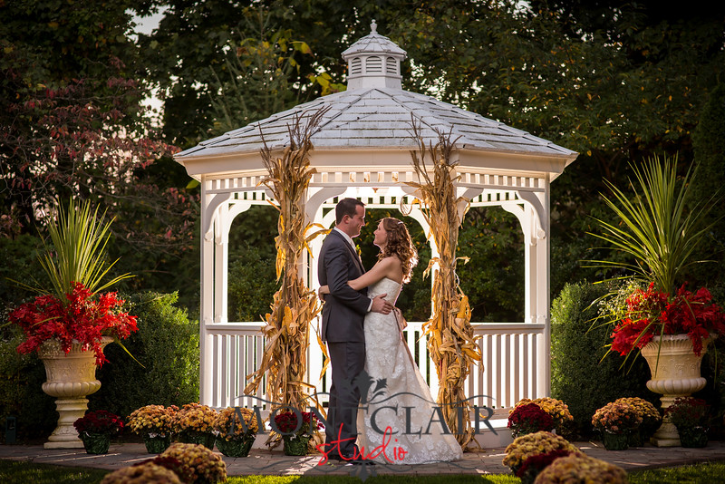 Outdoor Wedding In New Jersey On A Perfect Summer Night