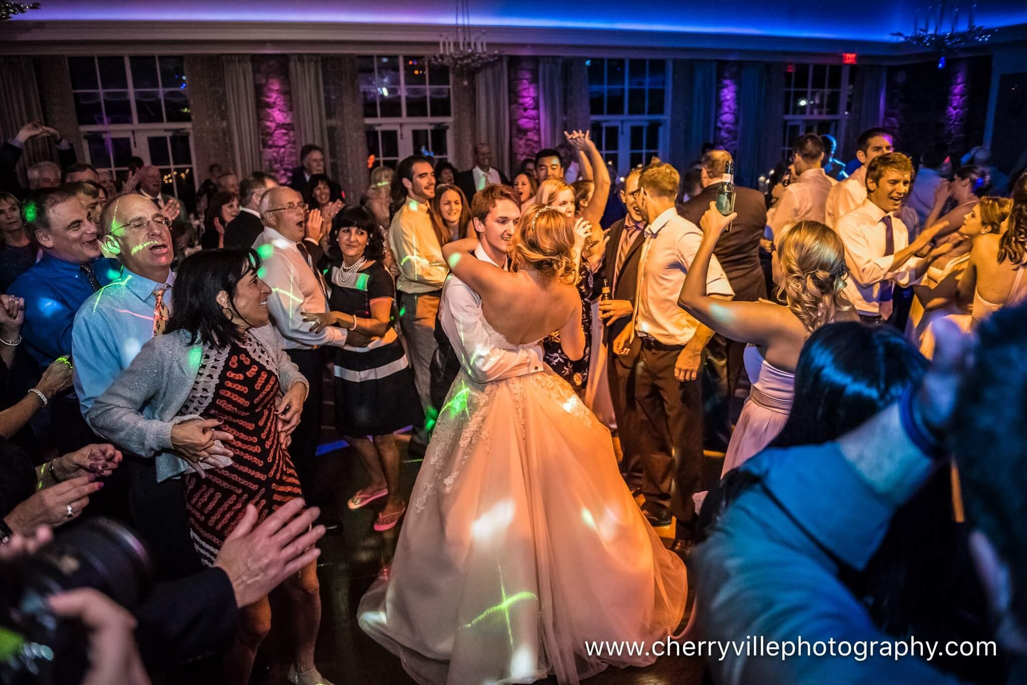 fiddlers country club wedding